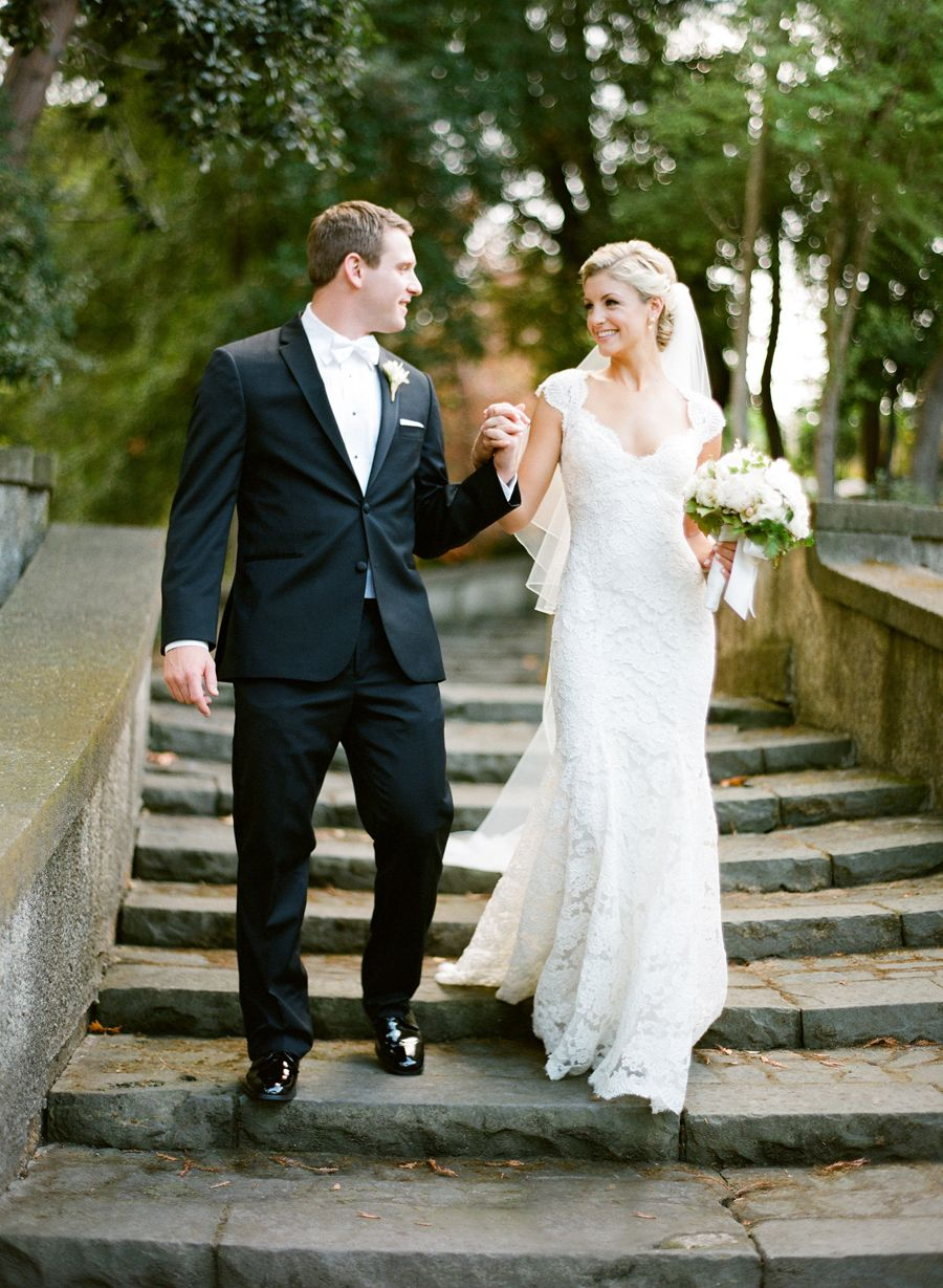 Elegant Neutral Hillsborough Wedding | Villas, Hochzeit und Lagerhallen