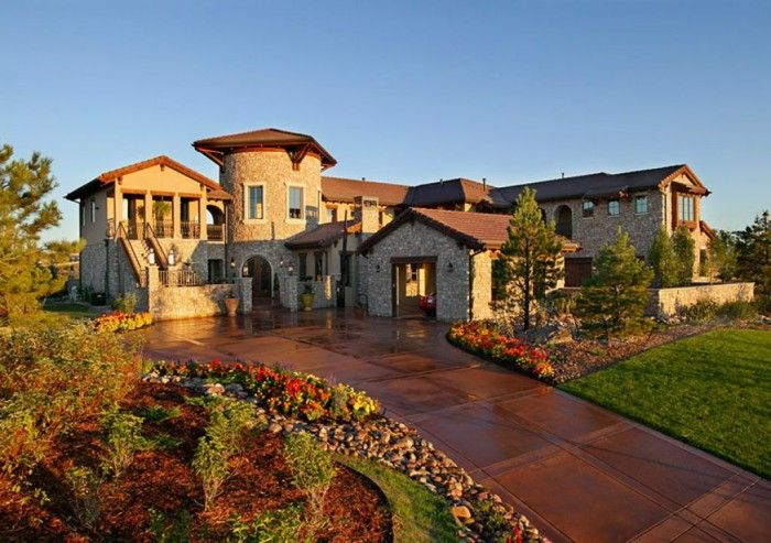 Merveilleux Interior , Tuscan Style Homes Giving Your House Romantic Effect : Custome Home  Tuscan Design With Awesome Landscape For Pretty Design