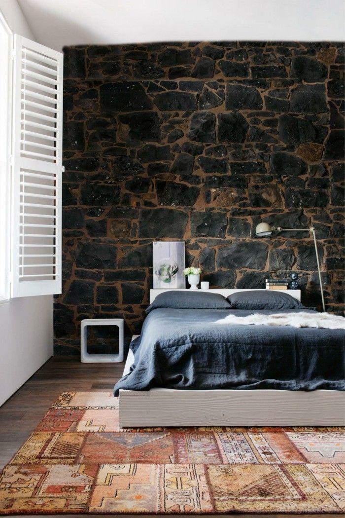 Ideen Für Wandgestaltung Schlafzimmer Steine Farbiger Teppich