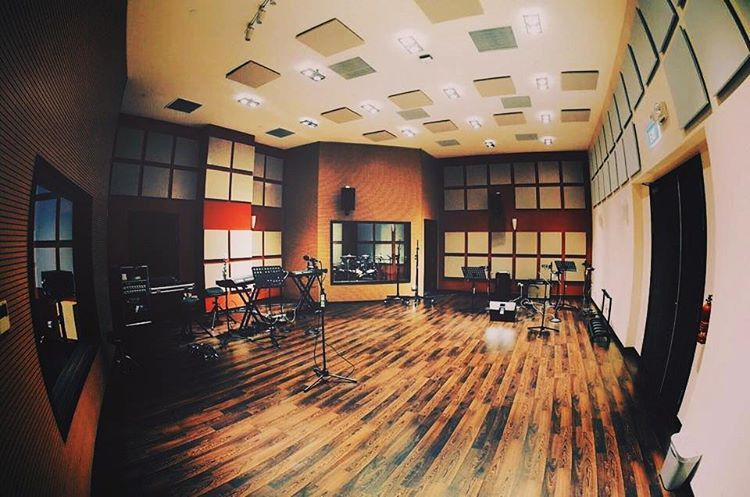 """""""Recording Room by @jd_acoustic feat Vicoustic  Product used: Cinema Square  Cinema Square is the latest addition to Vicoustic's Premium Line. The panel…"""""""