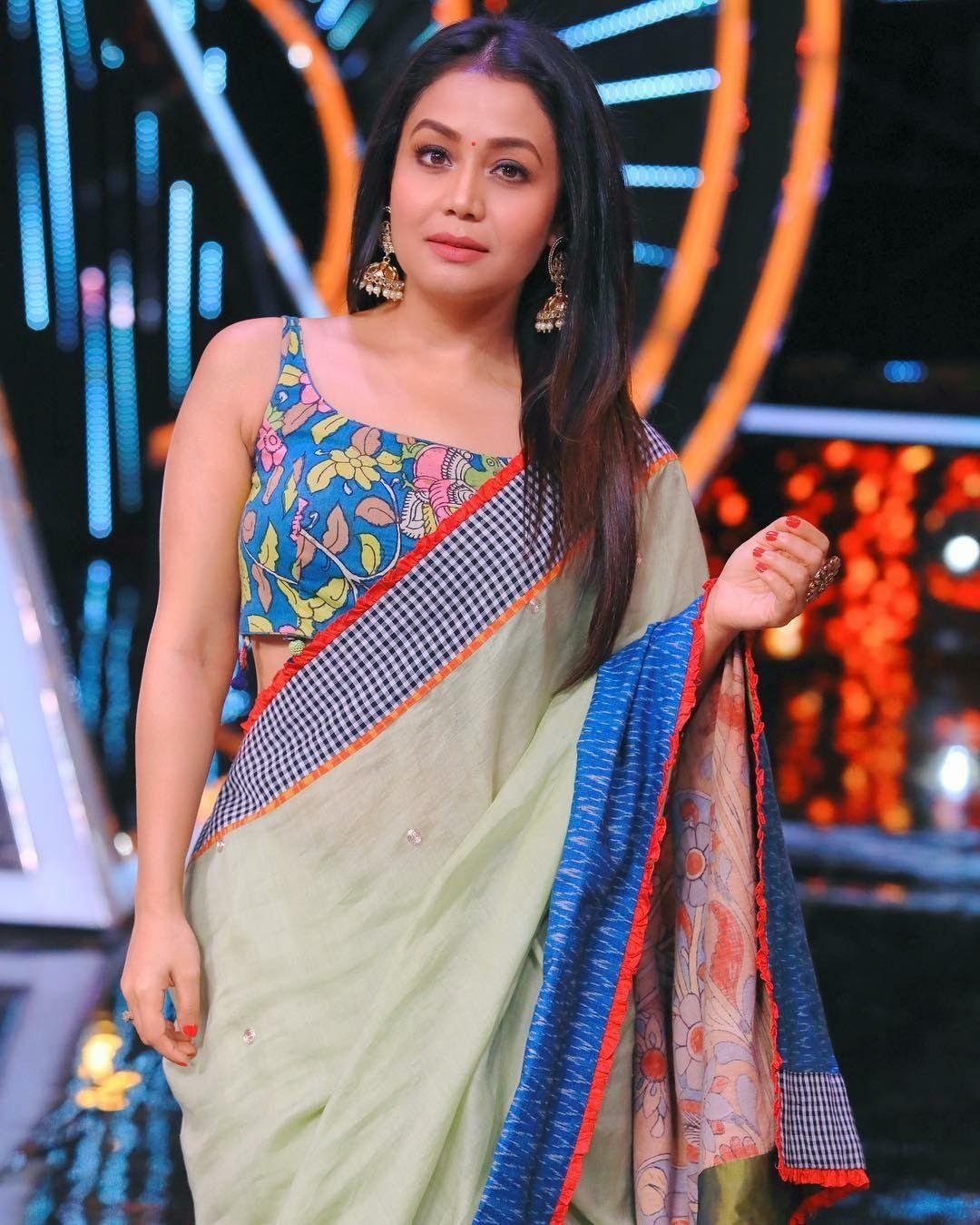 Neha Kakkar In Beautiful Saree Looks So Stunning Celebrity Outfits Neha Kakkar Indian Celebrities
