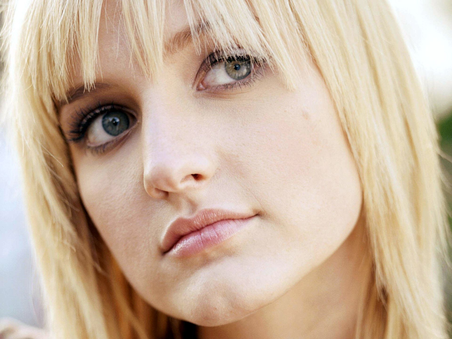 Ashlee simpson images ashlee simpson hd wallpaper and background