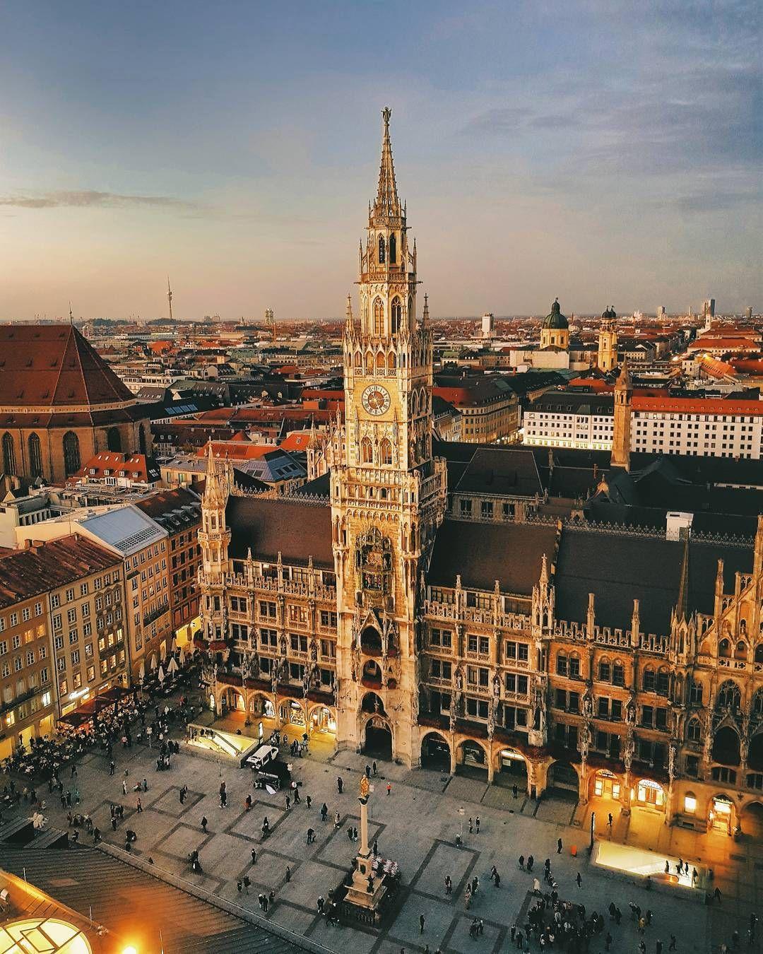 Sunset At Marienplatz English Mary S Square In Munich Photography By Elham Hoxhalli Via Instagram Elhamhoxhalli Germany Deutschland Bavaria Bay