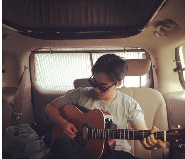 Insta K Pop This Week S 10 Best Idol Instagram Posts September 7 September 13 Roy Kim Jung Joon Young Kim Sang Woo