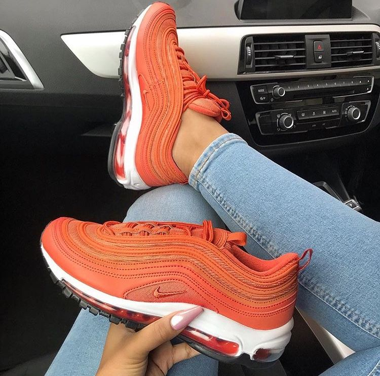 timeless design 31411 20eda Scarpe Nike, Scarpe Col Tacco, Scarpe Calde, Balenciaga, Cestini, Sneaker  Con