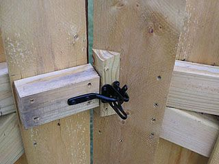 Latch Between Two Gates Placed On 45 Degree Angle Home