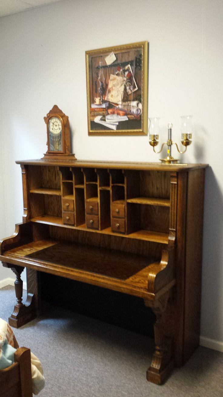 Altes klavier umgewandelt in einen schreibtisch in 2020