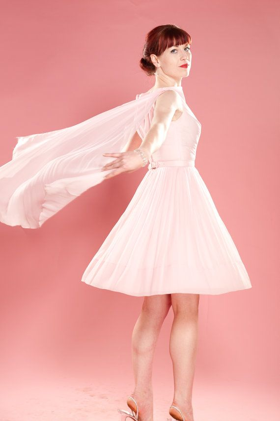 Hermosa 60s Vestidos De Novia Ideas Ornamento Elaboración Festooning ...