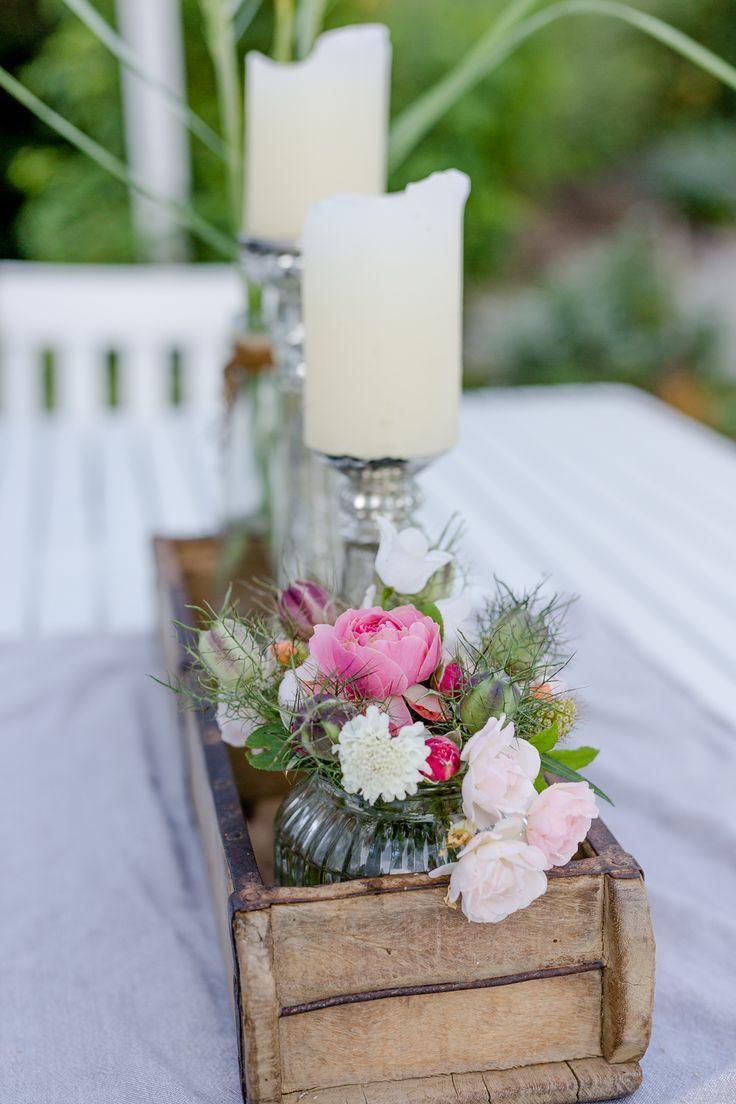 Landhausstil.... mit Blumen dekorieren • Pomponetti