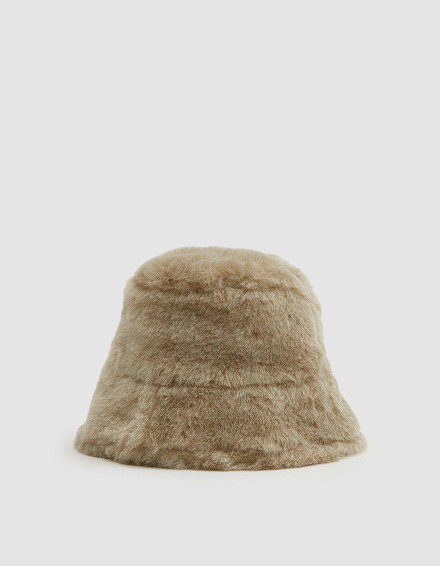 a0b5e9b7af9d1 Clyde   Fur Bucket Hat