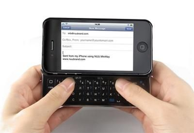 iPhone Bluetooth keyboard case