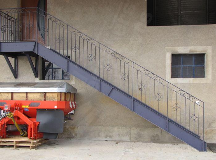 escalier exterieur industriel