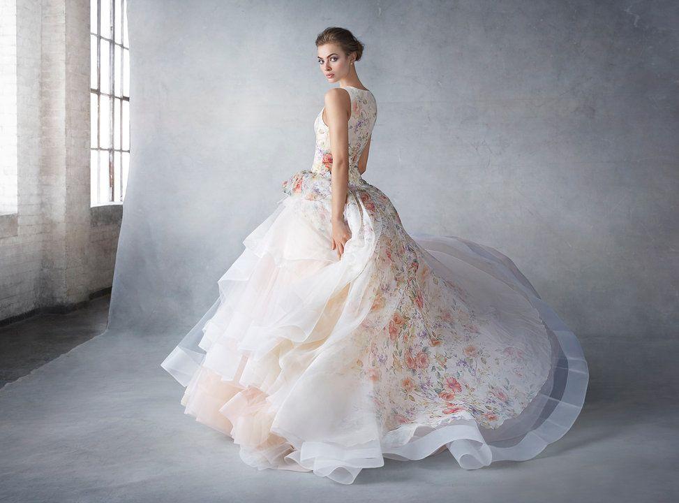 Pin by Kiara Laverty on wedding and party stuffs | Pinterest ...