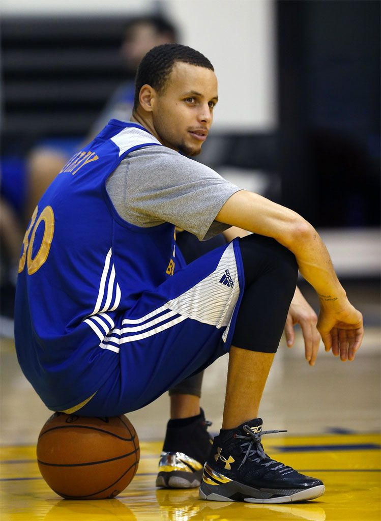 9709e0dfbe Stephen Curry Is Already Getting a Feel for the Under Armour Curry 2 ...