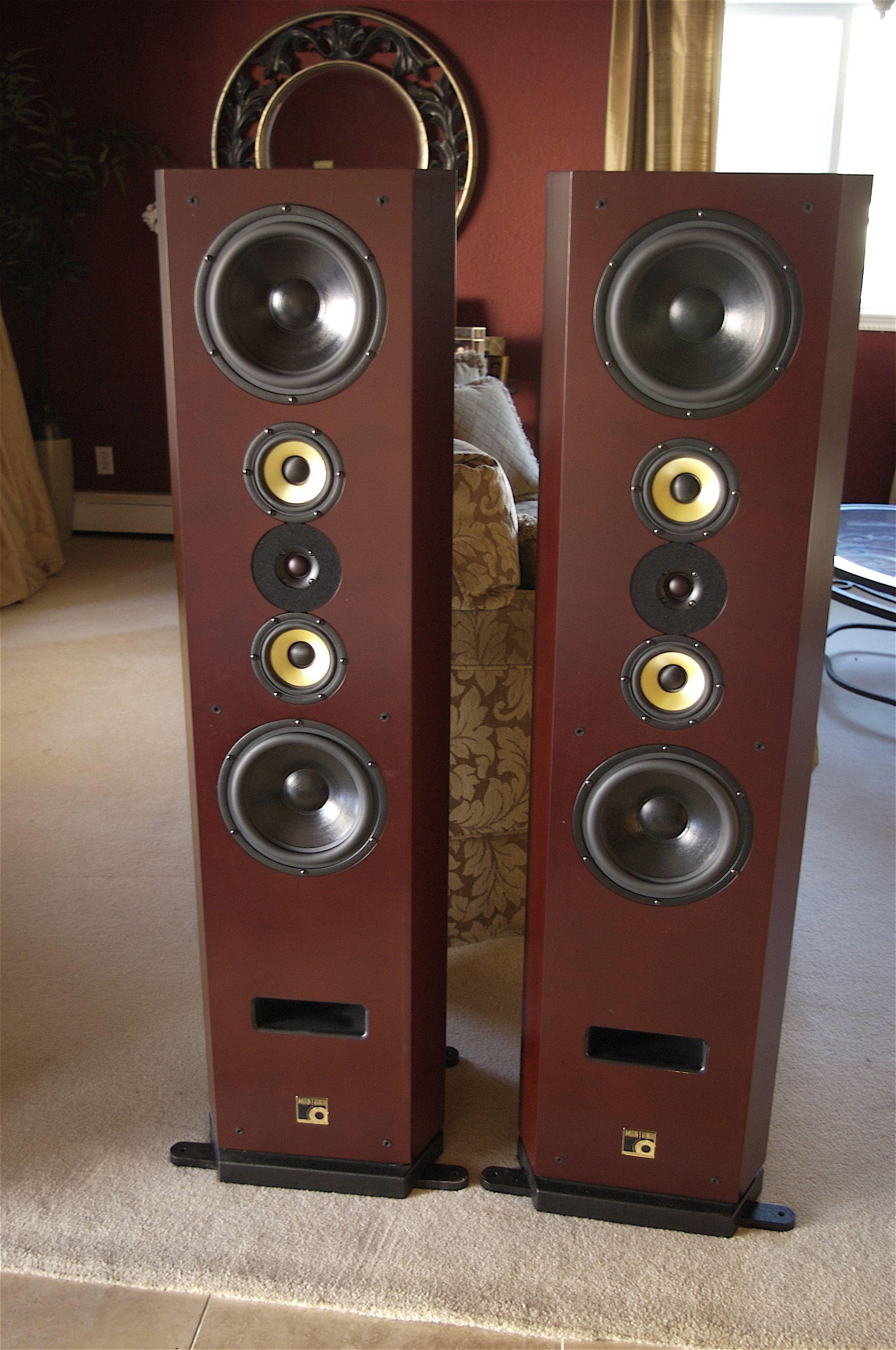 best bookshelf speakers - buyer's guide