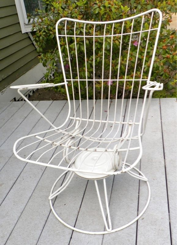 50 39 s mid century homecrest patio swivel rocker wire chair for Homecrest patio furniture
