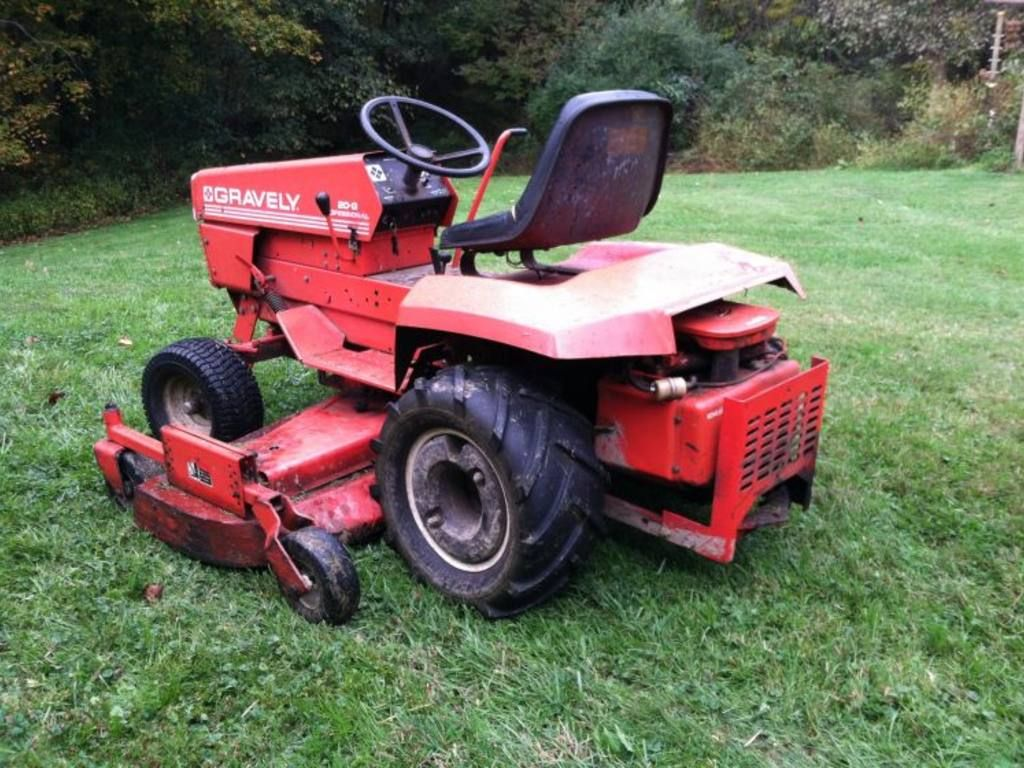 Garden Tractor Counterweights : Gravely g with ag tires and wheel weights tractors