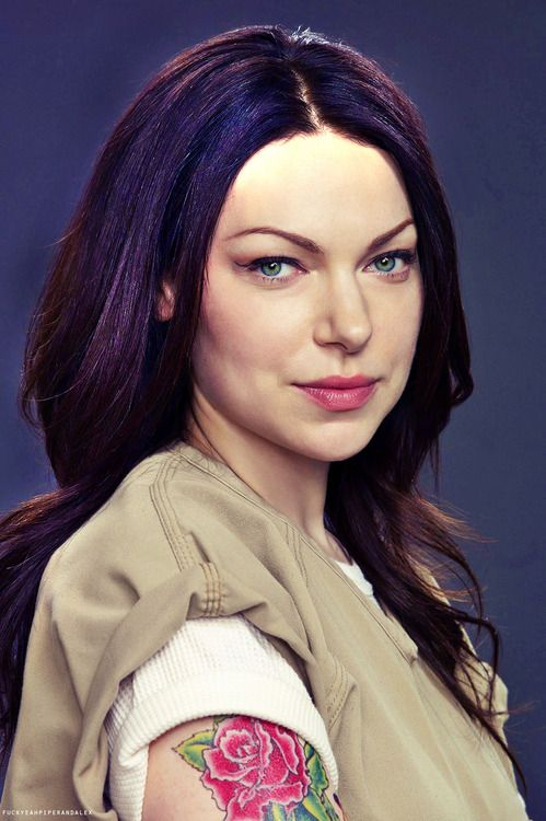 i have a girl crush on laura prepon as alex vause in orange is the new black