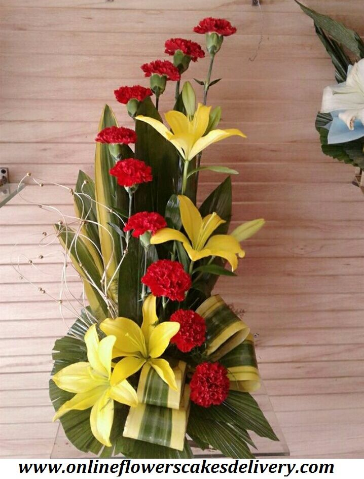 Send flowers to a loved one in Pune today! Shop our