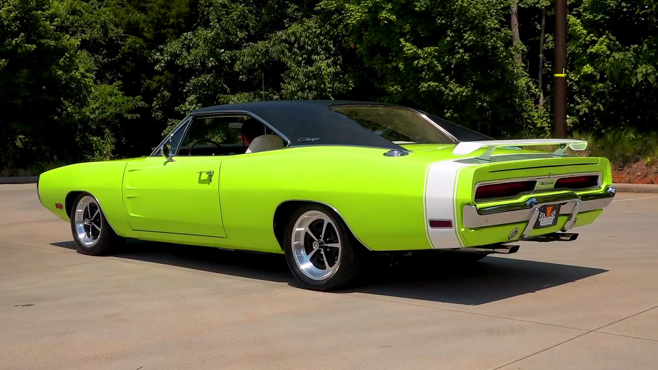 Immaculate 1970 Dodge Charger with Beefy 528 Hemi Engine