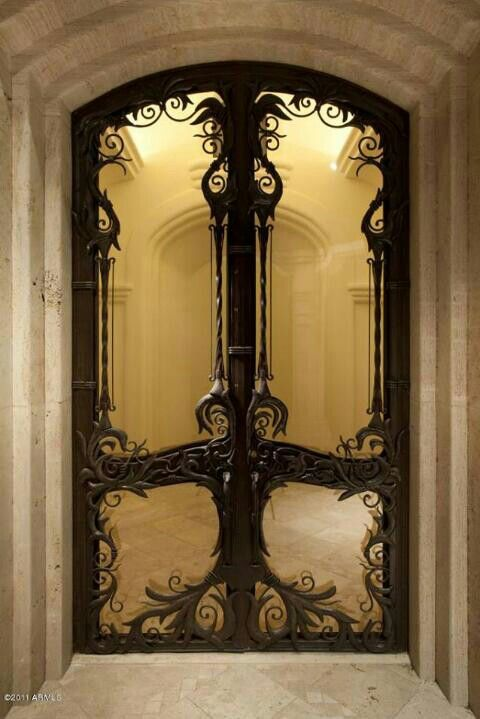This is what doors would look like Downton Abby met The Lord of the Rings. & This is what doors would look like Downton Abby met The Lord of the ...