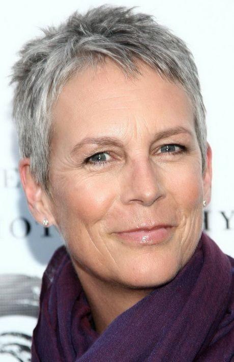coupe tres courte femme cheveux gris