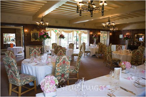 Hampshire And New Forest Wedding Photographers Montagu Arms Hotel Weddings