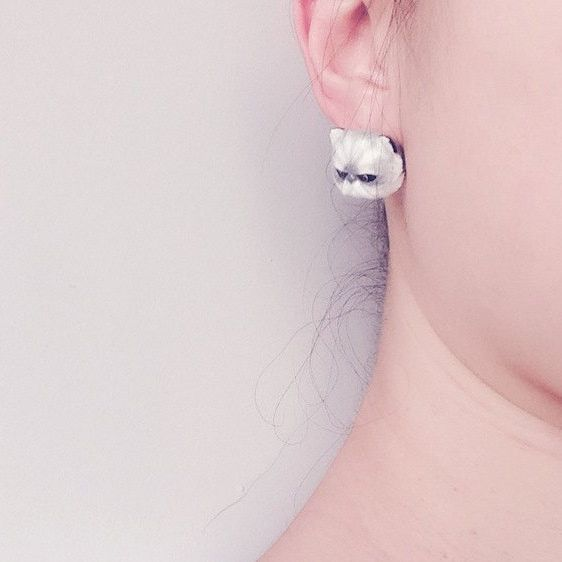 Mary Lou Persian Cat Earrings