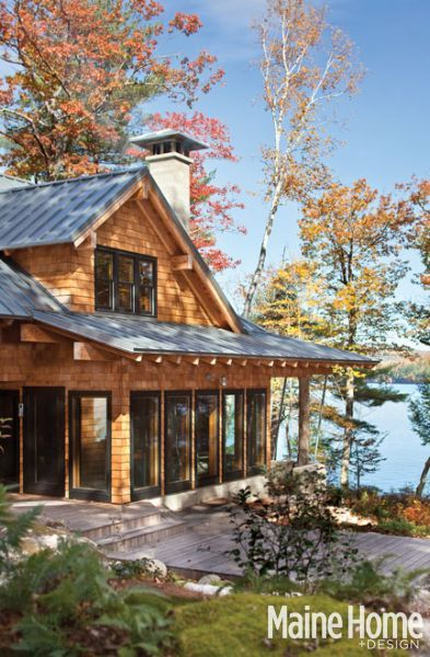 Lakeside Refuge Maine Home Design Lake Cottage Cottage
