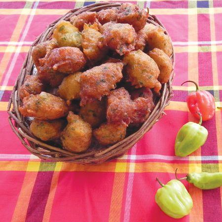 Accras acras de morue les vrais ma cuisine cr ole ap ros pinterest cuisine cr ole - Livre de cuisine antillaise ...