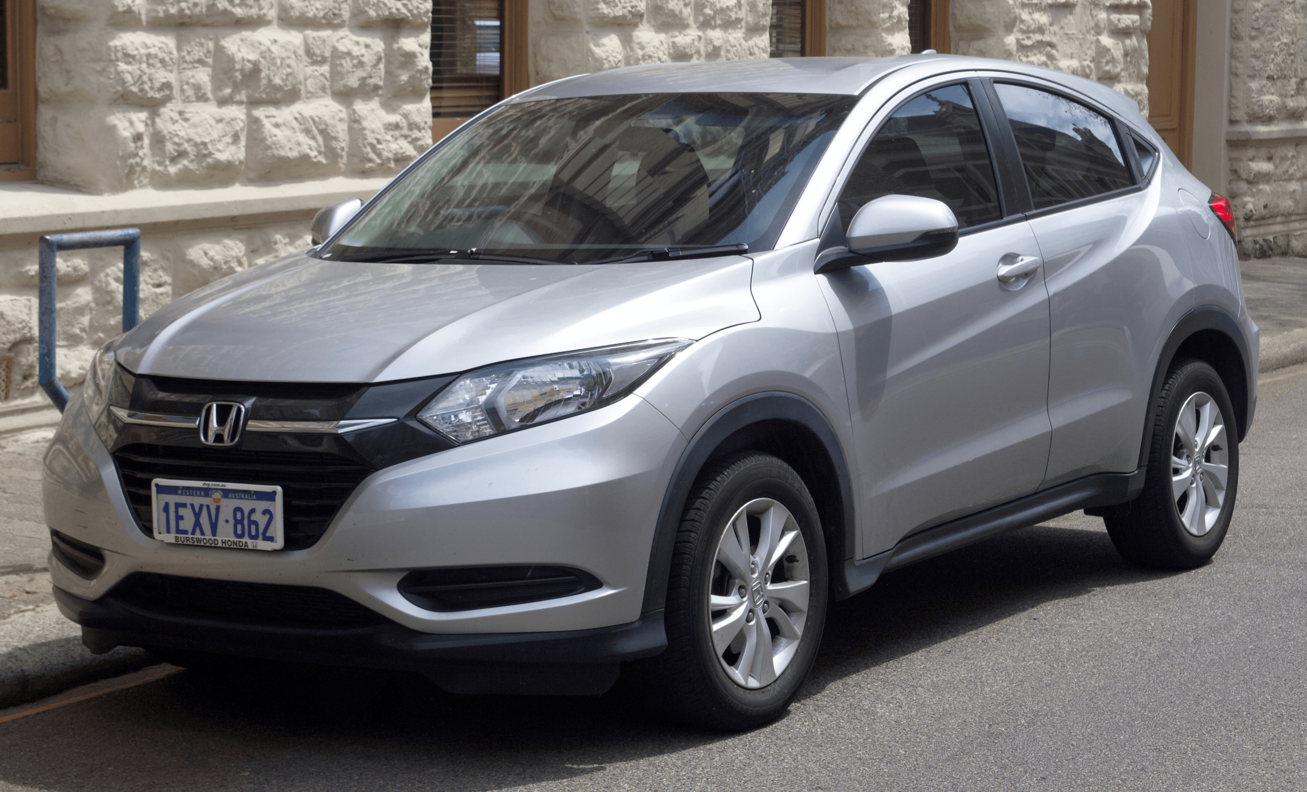 2021 Honda Crz Reviews In 2020 With Images Best Family Cars Honda Insight Honda Accord For Sale
