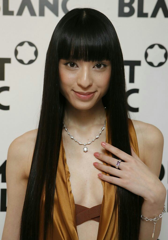 Chiaki Kuriyama   Hair color for black hair, Kuriyama ...