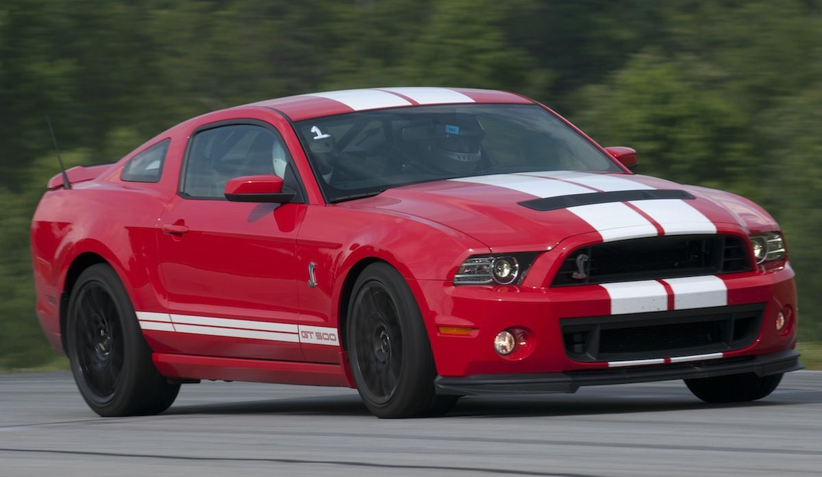 Race Red 2013 Shelby Gt500 Transport