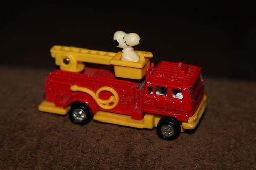 Vintage Diecast Car Vehicle Aviva Snoopy Fire Truck 1966 Hot