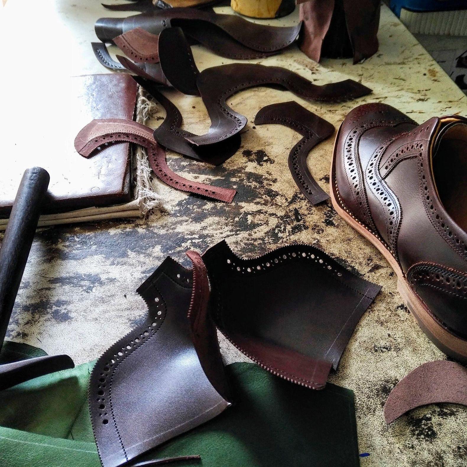 Fabrication de la chaussure casse tête en cuir Shoemaking