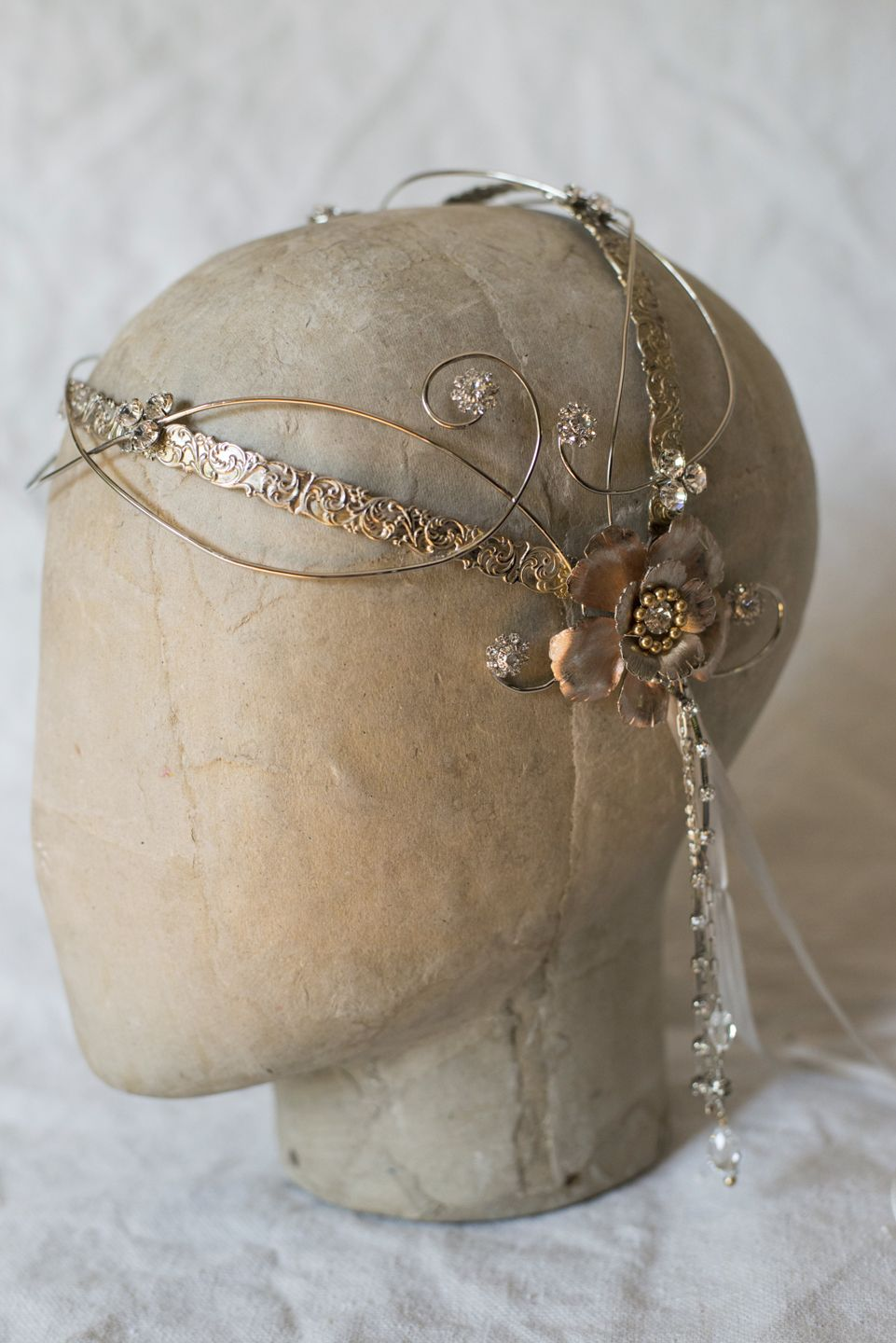 Medieval headdress, wedding headpiece, Juliet cap, bridal crown, gala crown #weddingheadpieces