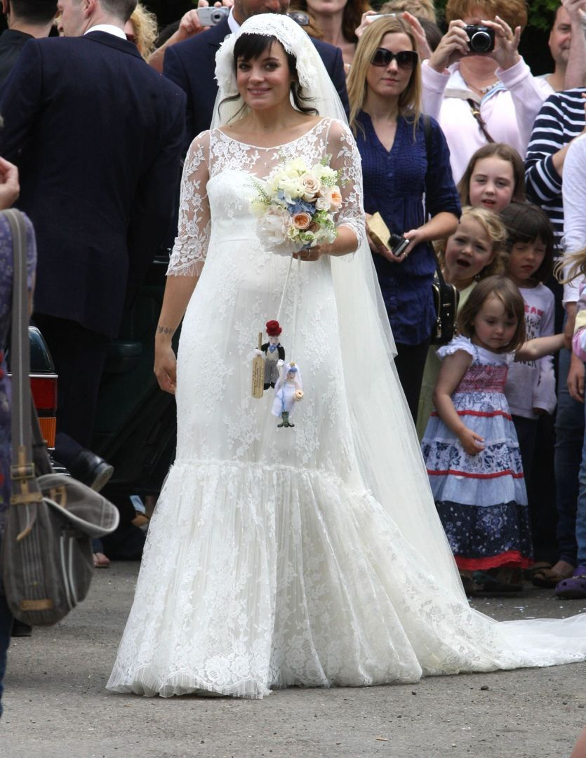 Lily Allen's Chanel wedding dress (and baby bump) (With