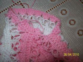 PASSO A PASSO CASAQUINHO DE CROCHE PARTE 1 PALA   Esse casaquinho esta postado no blog   tem em várias cores: azul, amarelo e branco e   ou...