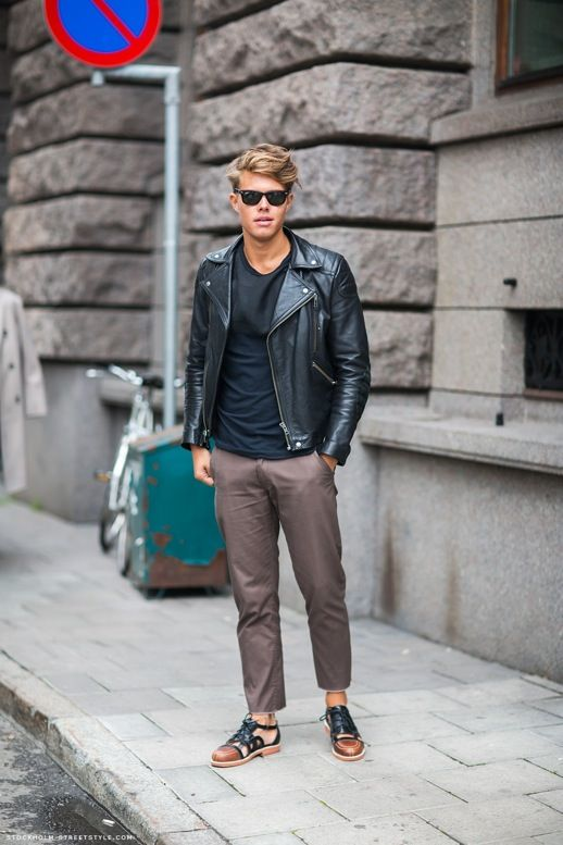 fd9dedb793426 GARCON MENS STYLE FASHION BLOG VIA STOCKHOLM STREETSTYLE LEATHER MOTO JACKET  CROPED BROWN PANTS CUT OUT OXFORD SHOES RAY BAN WAYFARER SUNGLASSES BASIC  TEE ...