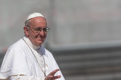 Durante la Audiencia General de este miércoles 27 el Papa llamó a los fieles cristianos para que sean acogedores, se perdonen y se amen para así parecerse ...