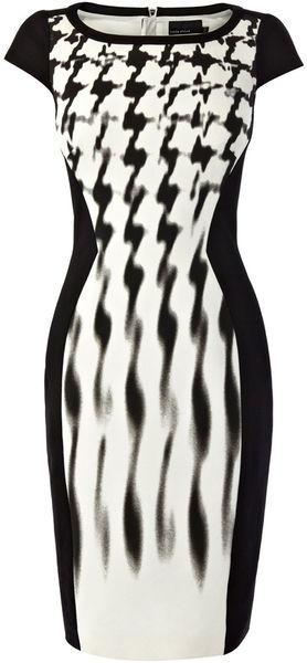 Karen Millen England Black and White Graphic Shift Dress - Lyst