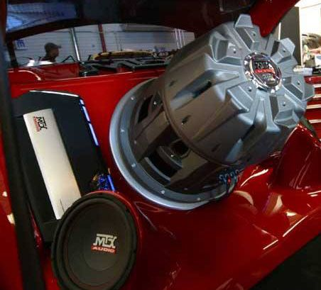 22 369 Lb Jackhammer Subwoofer With Ta Series Amplifiers And