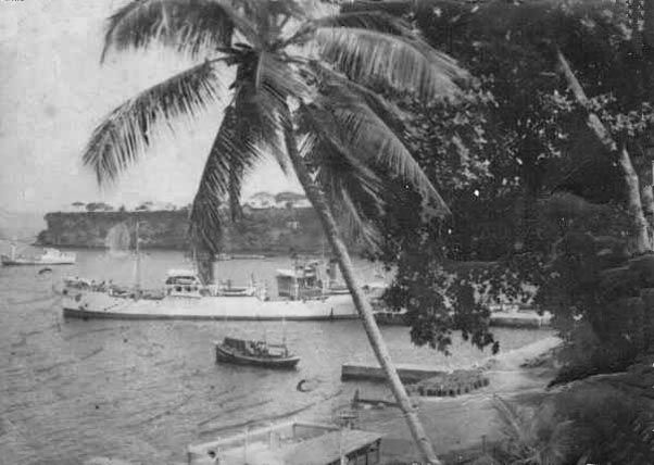 el puerto de Santa Isabel donde llegaban los barcos, y donde los hermanos comienzan su aventura en Fernando Poo.