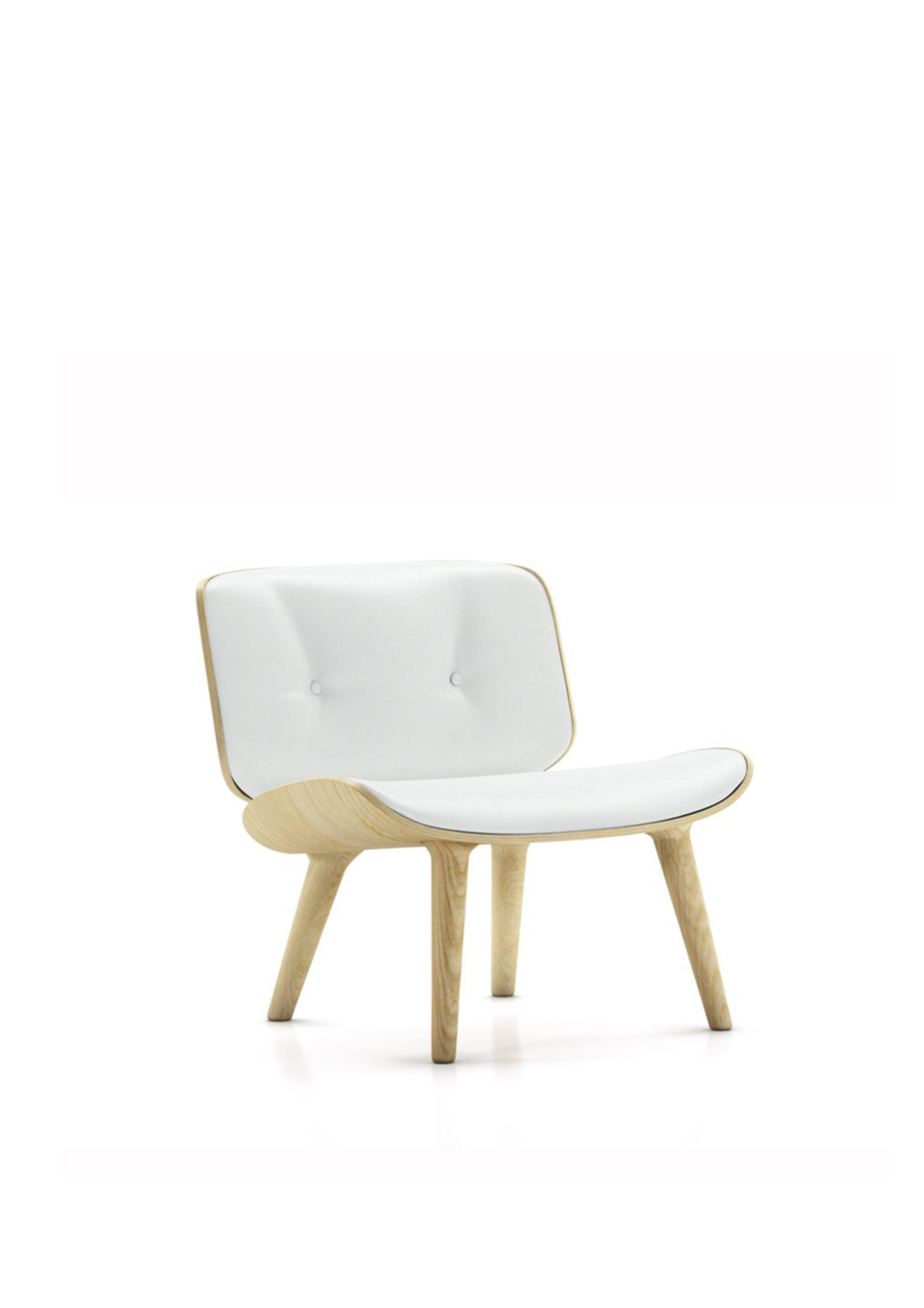 White single sofa chair. Modern chair.The precious flavour