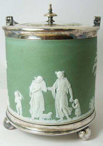 Wedgwood Green Jasper Biscuit Barrel !!! Made In England    250.00