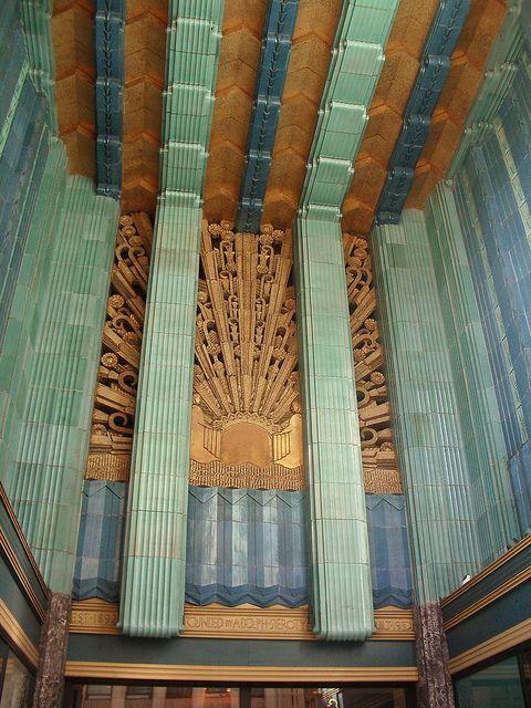 Eastern Columbia Art Deco building, Los Angeles ...
