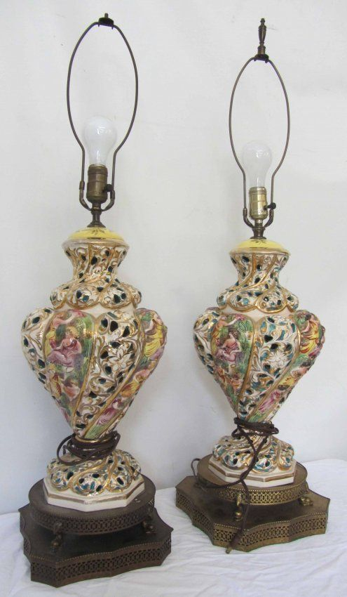 Superb Capodimonte+lamps | Pr. 20th C. Capodimonte Porcelain Table Lamps