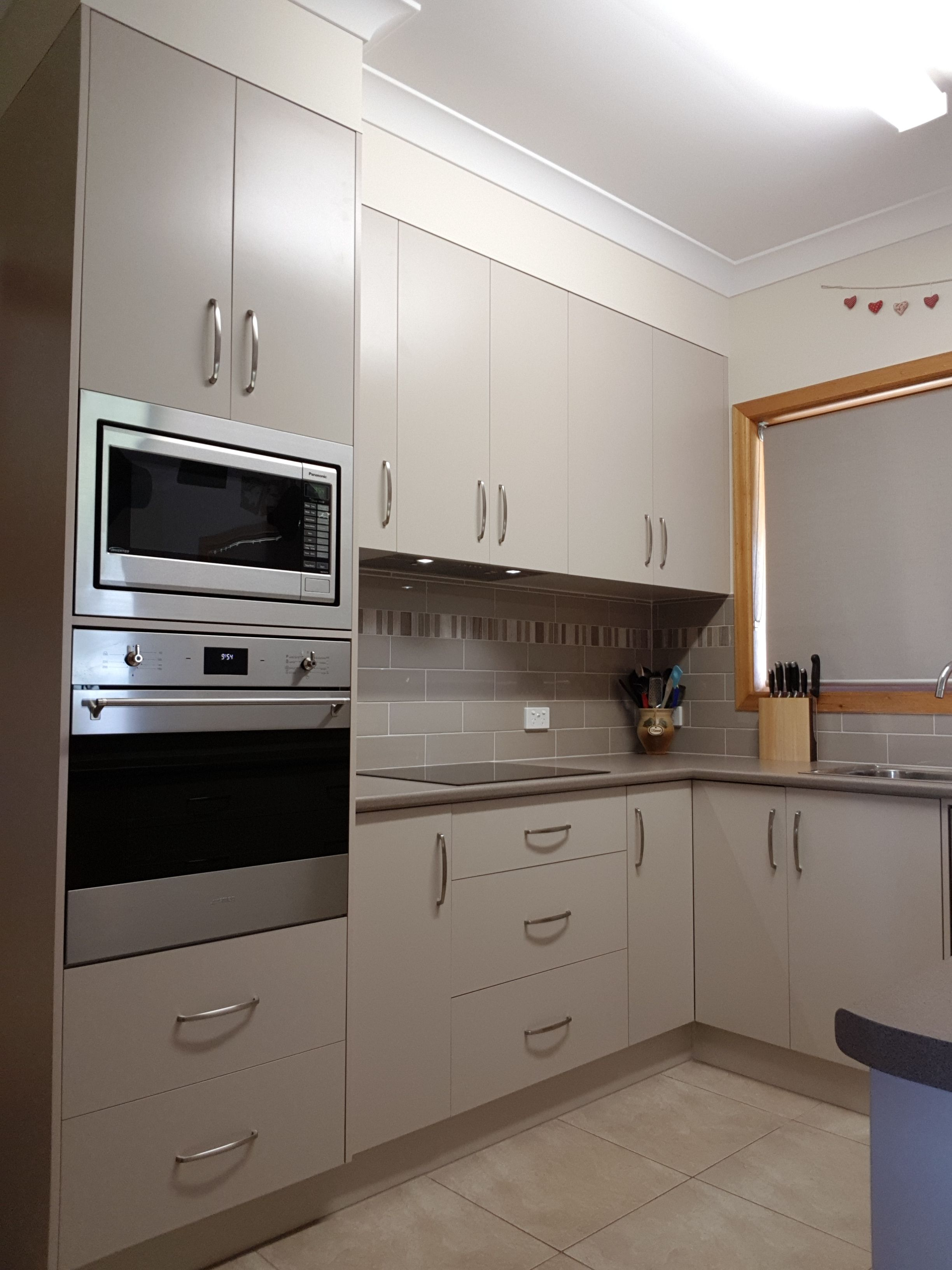 Malt And Mocha Kitchen Kitchen Renovation Kitchen Corner Kitchen Cabinet