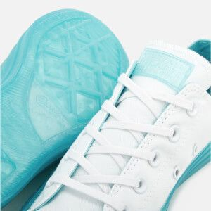 a4b6ec805047 Converse Women s Chuck Taylor All Star Ox Trainers - White Bleached Aqua   Image 5