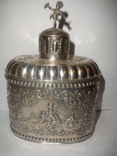 Rare-antique-Dutch-sterling-silver-perfume-bottle-flask-with-cherubs-putti-angel
